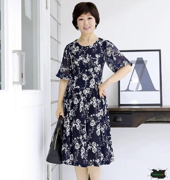 Đầm xòe trung niên có chiều dài ngang đầu gối