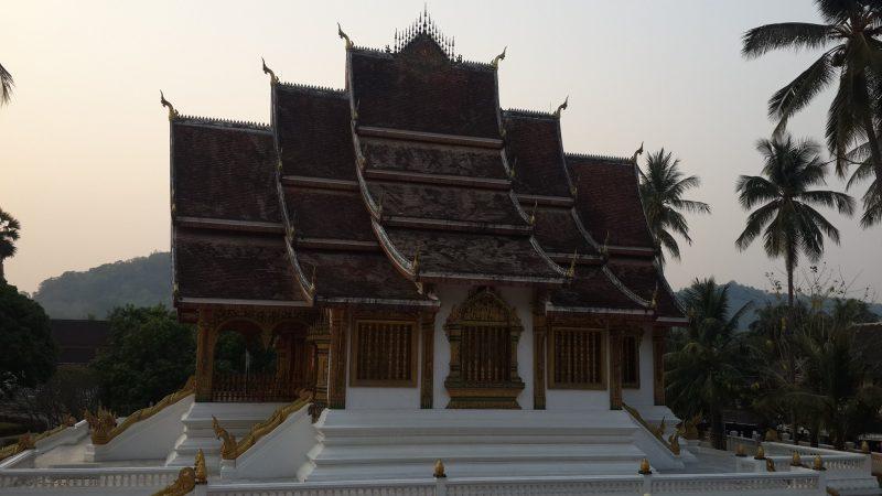 Chùa ở Lào