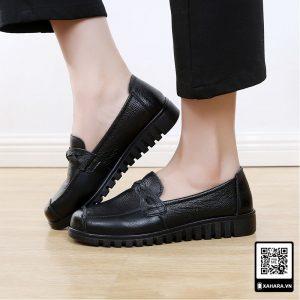 Giày da bò cao cấp, đế bằng chống nước, trơn trượt cho nữ trung niên