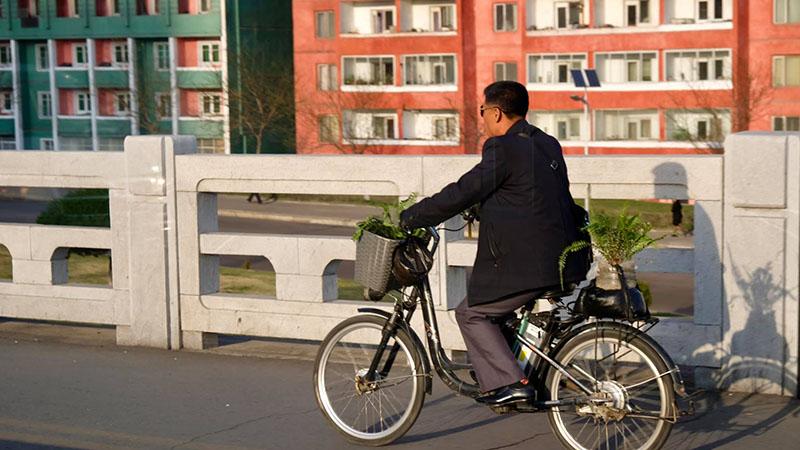 Hình ảnh đạp xe ở Triều Tiên