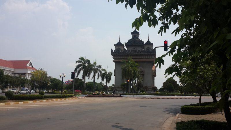 Khải hoàn môn Patuxay. Vientiane