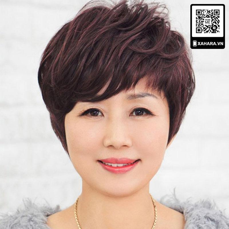 Kiểu tóc giả ngắn đẹp cho phụ nữ trung niên