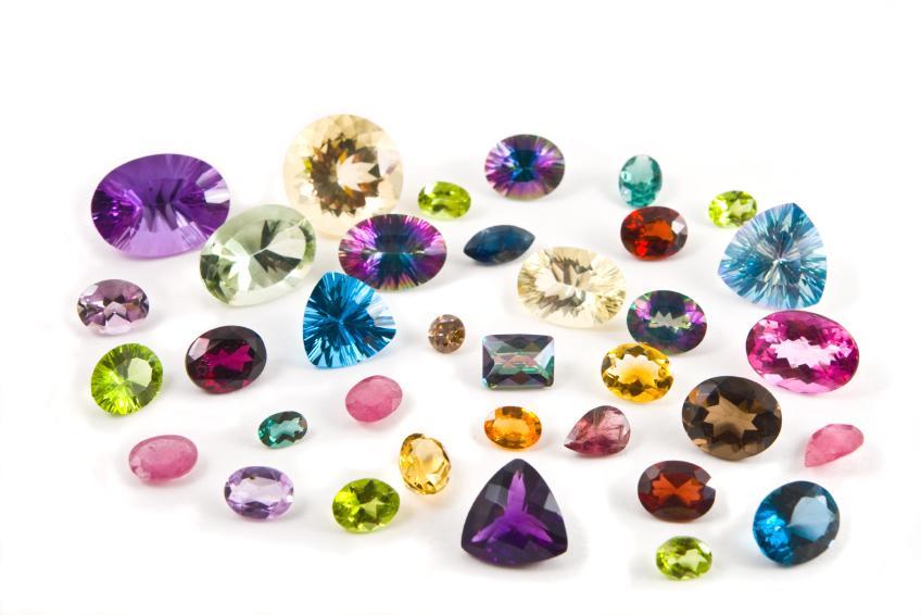 Các loại đá quý thường được dùng làm vòng tay đá phong thủy