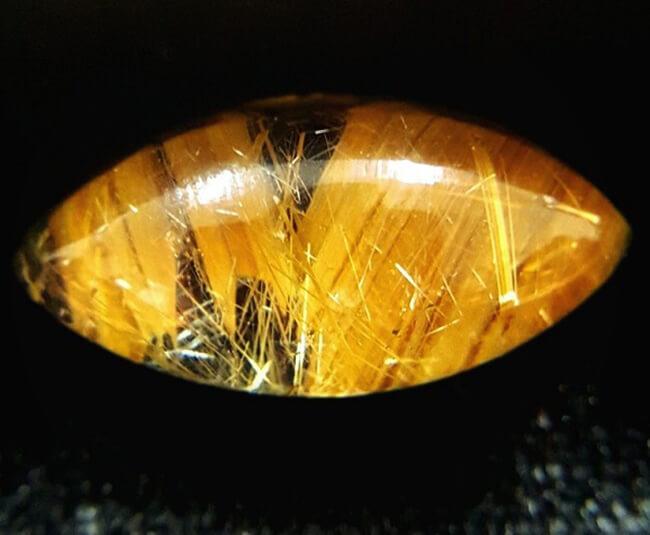đá thạch anh tóc vàng nguồn gốc