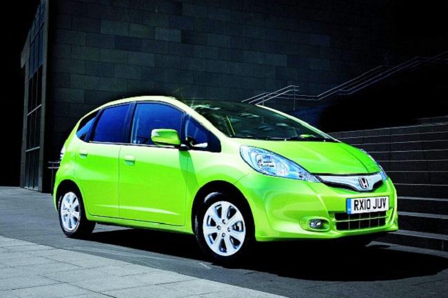 Bạn nên cân nhắc khi lựa chọn xe màu xanh lá cây.