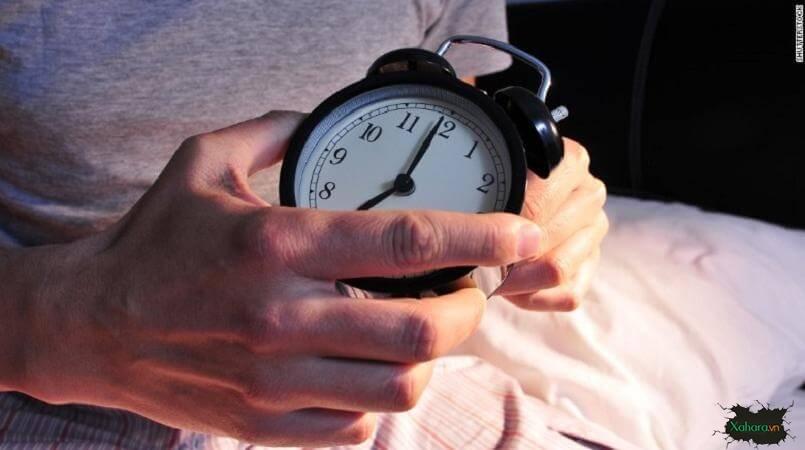 ngủ sớm là đi ngủ lúc mấy giờ