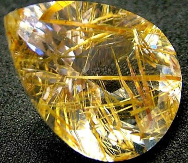 Ý nghĩa của đá thạch anh tóc vàng và đá thật giá bao nhiêu?