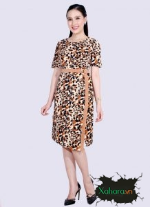 Váy đầm chữ A tuổi trung niên kiểu dáng đơn giản